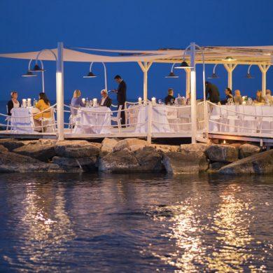 beach-club-wedding-italy